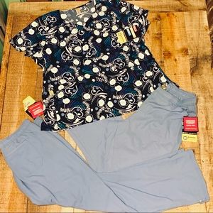 NWT WINK 4WAY STRETCH 2X TOP & 2 PAIRS 1X PANT